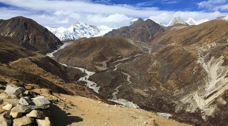 ネパール ゴーキョ トレッキング道