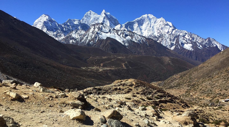 ネパール エベレスト街道 ペリチェ