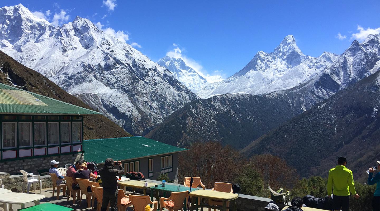 ネパール トレッキング メラピーク