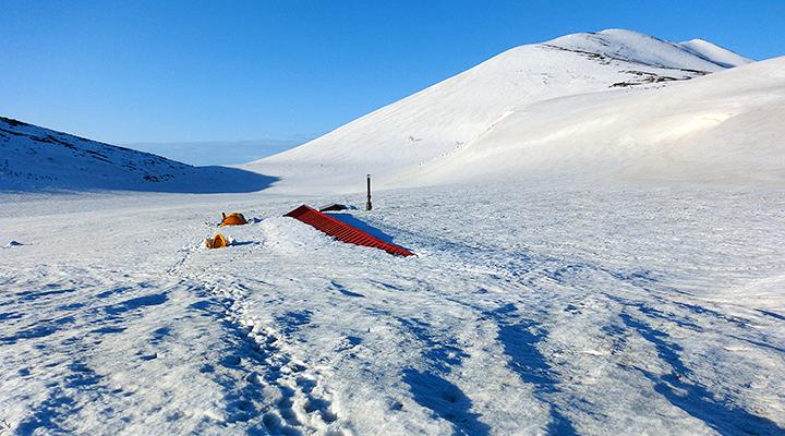 ゴールデンウィーク雪山登山 北アルプス白馬岳 栂池