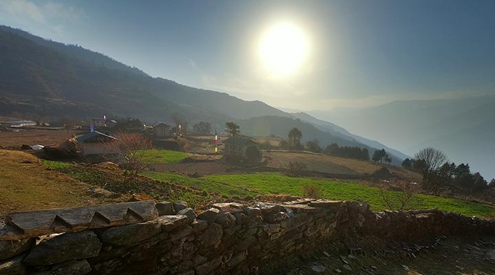 ネパール パンゴン