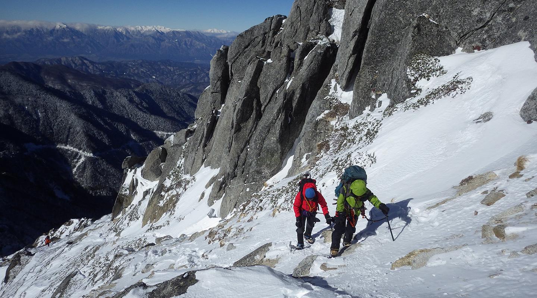 年末年始 雪山登山 南アルプス 甲斐駒ケ岳