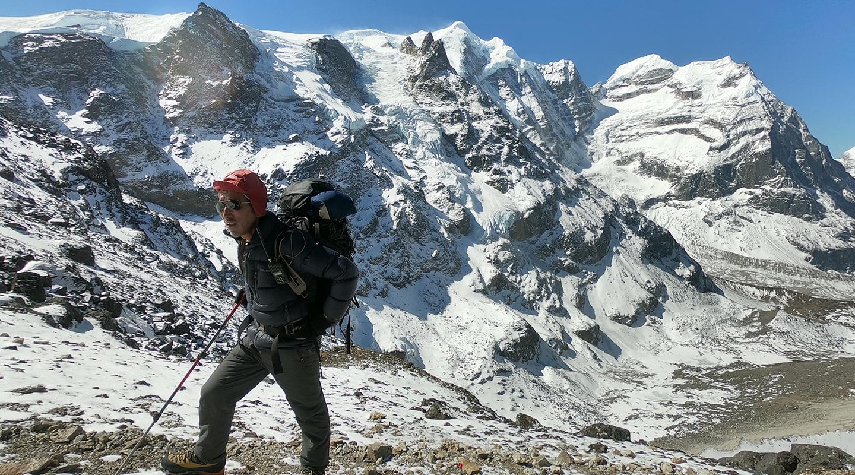 ネパール トレッキング ガイド
