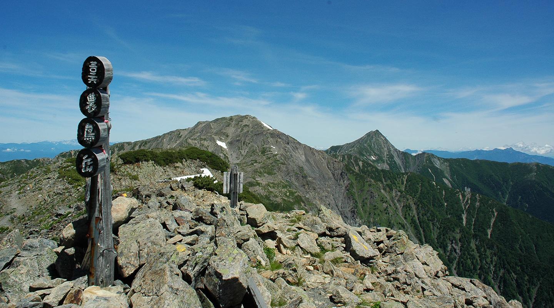 南アルプス 白峰三山 農鳥岳
