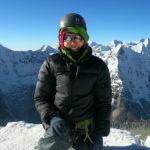ユニクロ ウルトラライトダウン ボリュームジャケット 登山