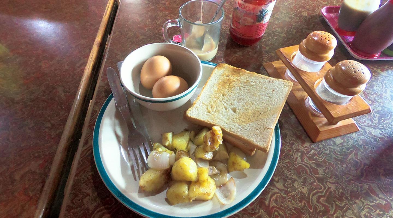 エベレスト街道 朝食
