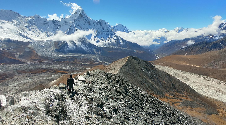 ネパール チュクンリ