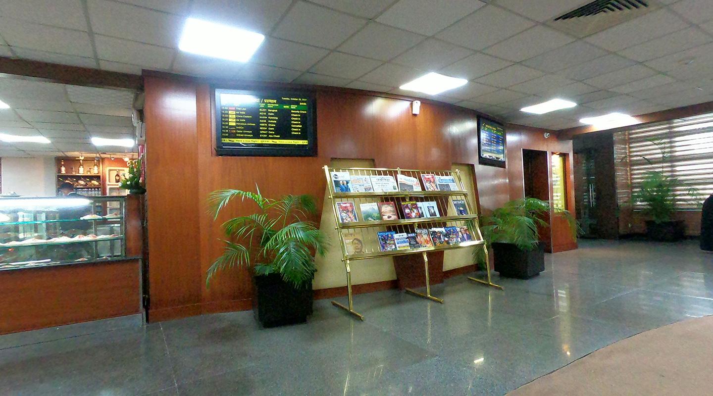 ネパール カトマンズ国際空港 ラウンジ