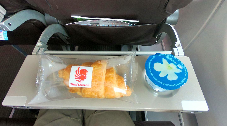 タイ ライオンエア 機内食 無料