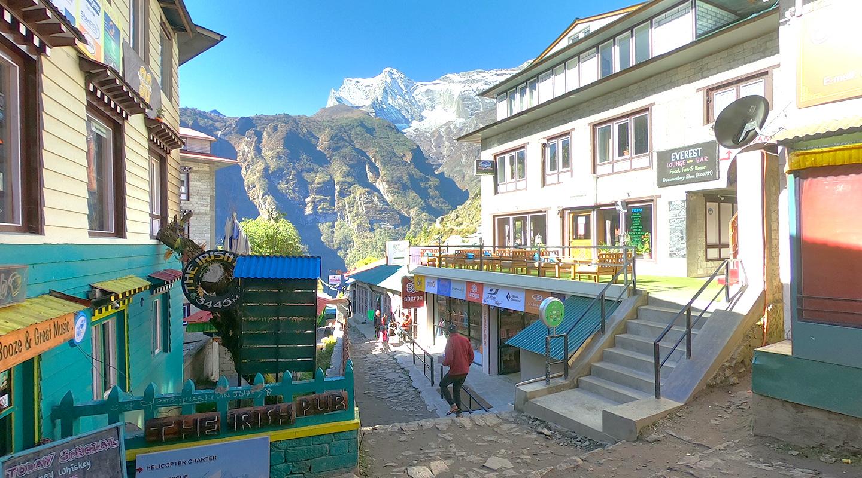 ナムチェ エベレスト街道 ネパール