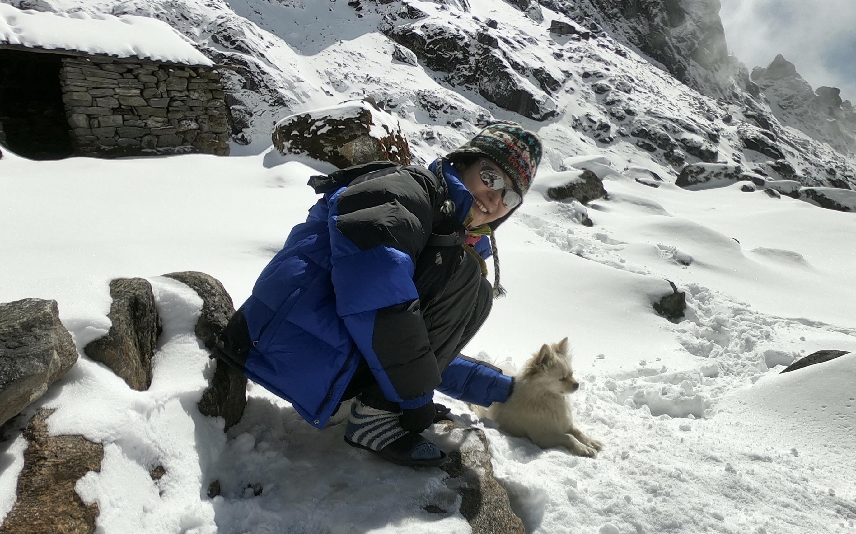 ネパール 登山 道具 ダウンジャケット