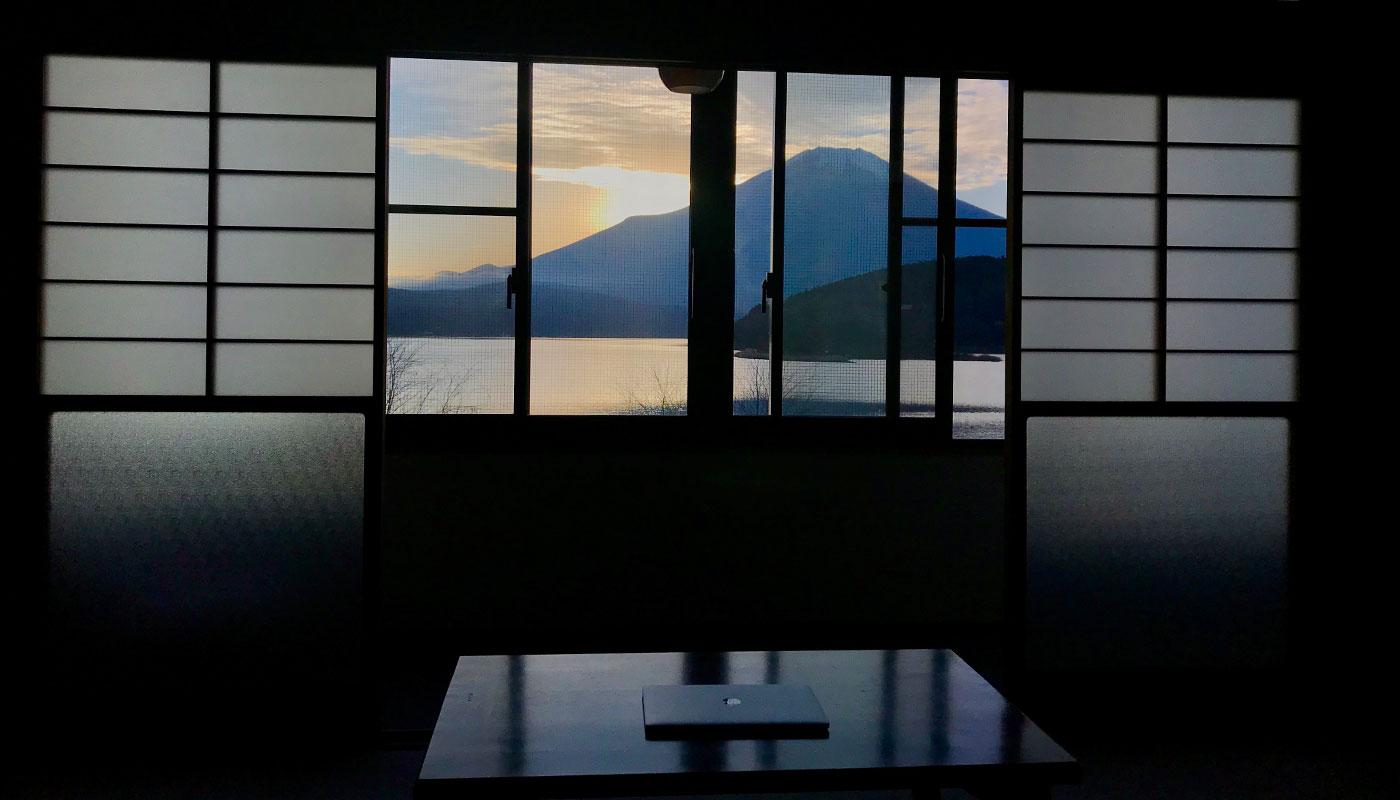 山中湖 宿